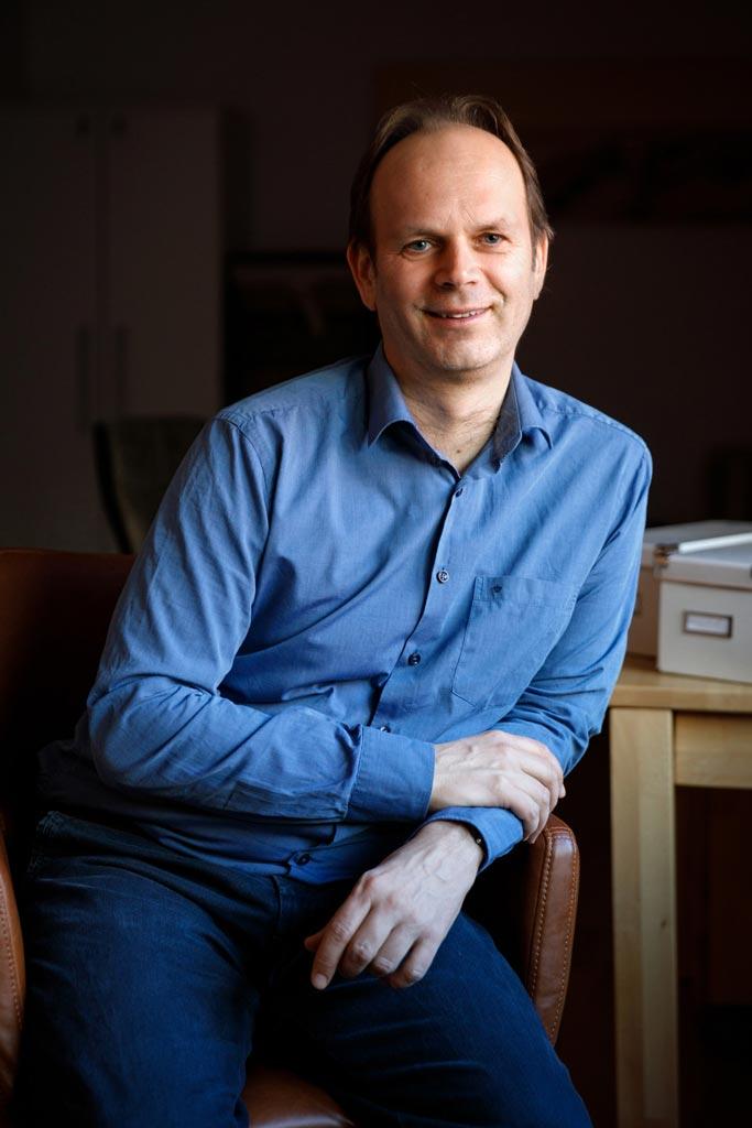 Mag. David Trallori in der Praxis Wiener Neustadt